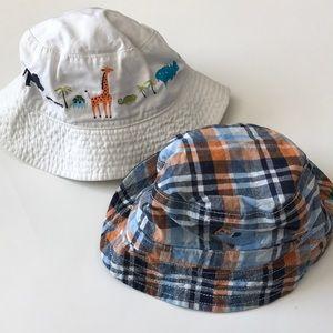 ⭐️Two Bucket Hats
